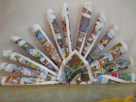 recycler un vieux magazine : paon de papier