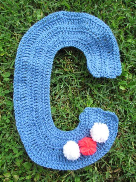 Lettre crochet C